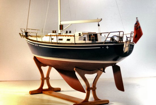 Image of model without sails